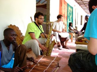 Jam session in Kansala Tatoto (August 2011, Senegal)